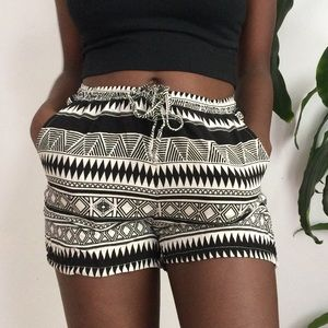 Pants - soft patterned summer shorts